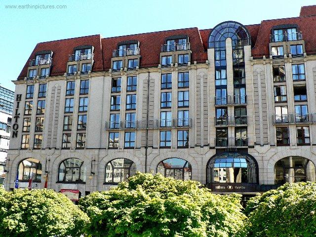 Hotel Hilton ( 640x480 )
