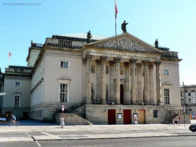 Německá Státní opera ( 640x480 )