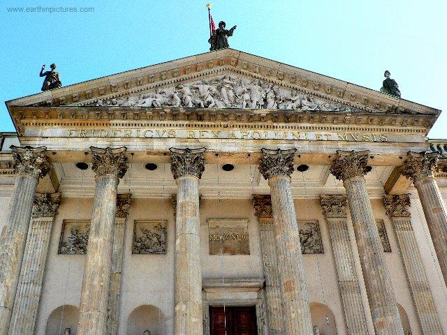 Německá Státní opera – detail ( 640x480 )