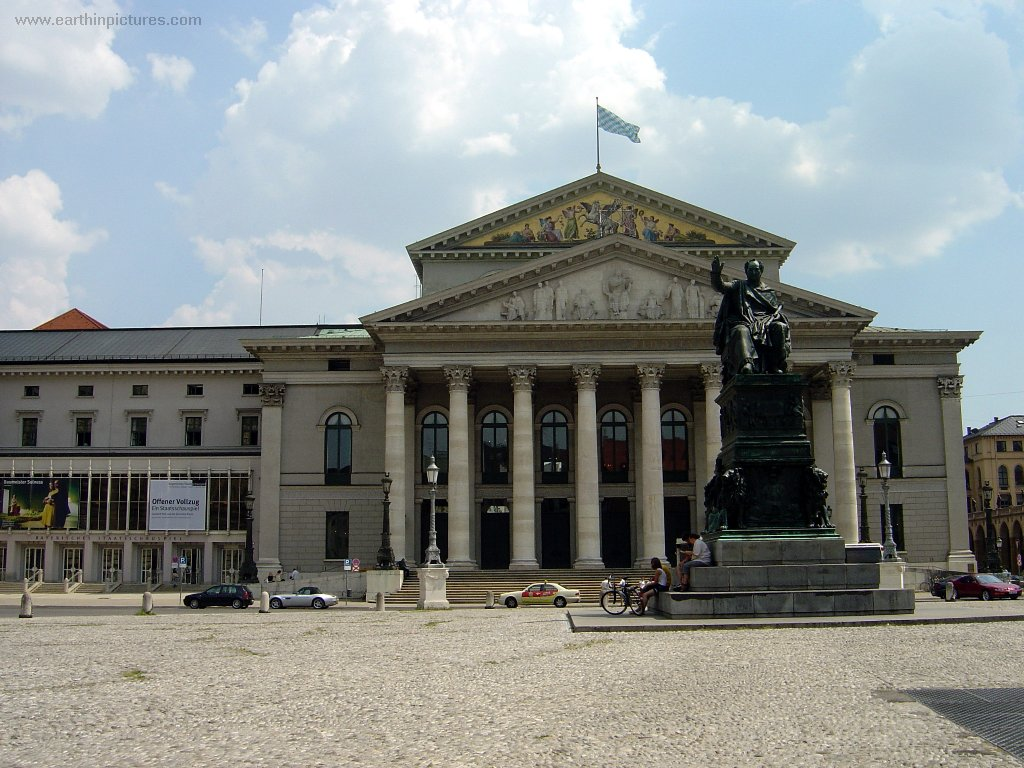 Det nationalteater ( 1024x768 )