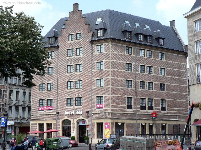 Hotel Ibis ( 640x480 )