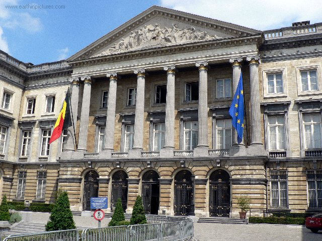 Národný palác - Belgický federálny parlament ( 640x480 )