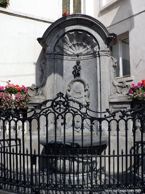 ������ ������ ���� manneken_pis_fountain.jpg