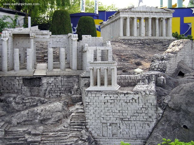 ������ ������ ���� mini_europe_-_acropolis,_athens.jpg
