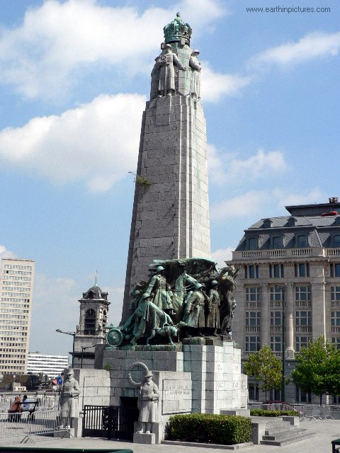 Monument to the glory of Belgian Infantry ( 480x640 )