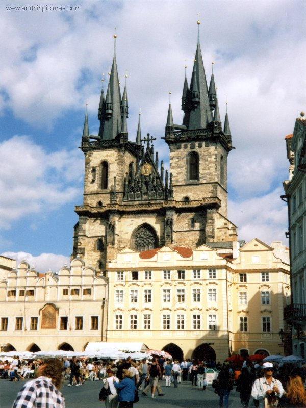 Old Town Square and Tyn Cathedral ( 600x800 )