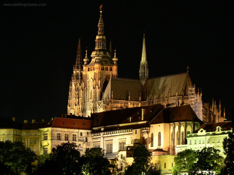 Prague Castle at night ( 800x600 )