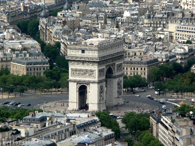 Arc de Triomphe - view from the Eiffel tower - pictures, photos ...