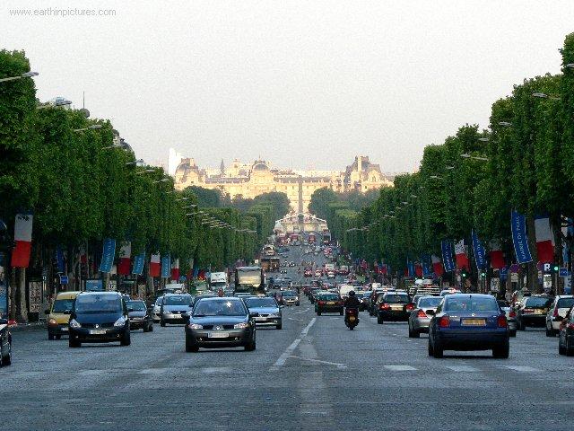 Champs-Elysées ( 640x480 )