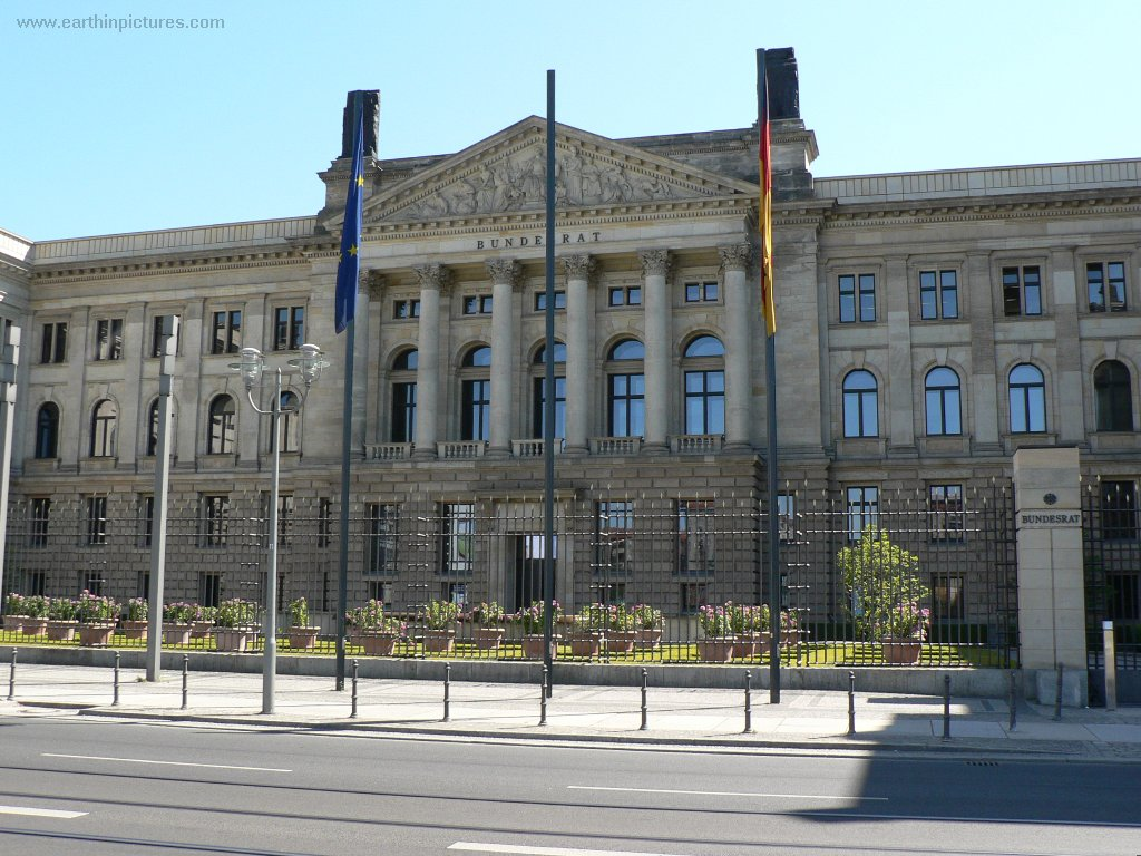 Bundesrat (Federal Council) ( 1024x768 )