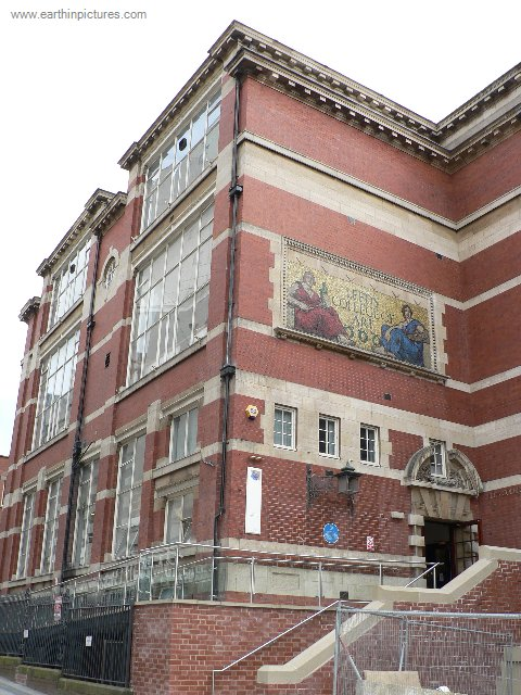 Leeds College of Art and Design ( 480x640 )