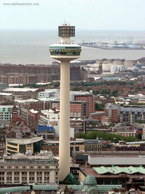 ................liverpool radio_city_tower,_view_from_the_liverpool_cathedral.jpg