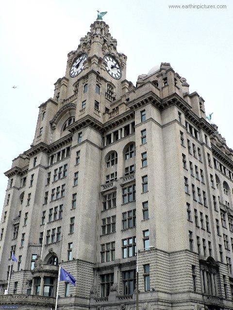 ................liverpool royal_liver_building.jpg
