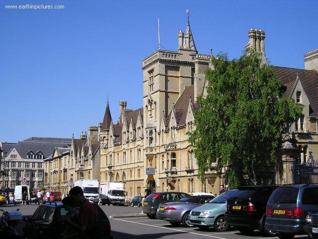 بريطانيا....................xford balliol_college.jpg