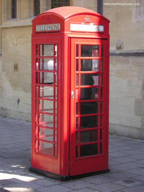 http://www.earthinpictures.com/world/great_britain/oxford/phone_booth.jpg