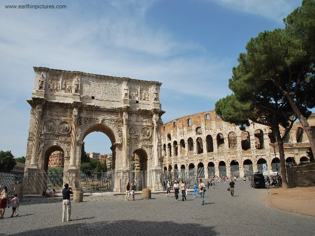 Colosseum and the Arch of Constantine ( 640x480 )