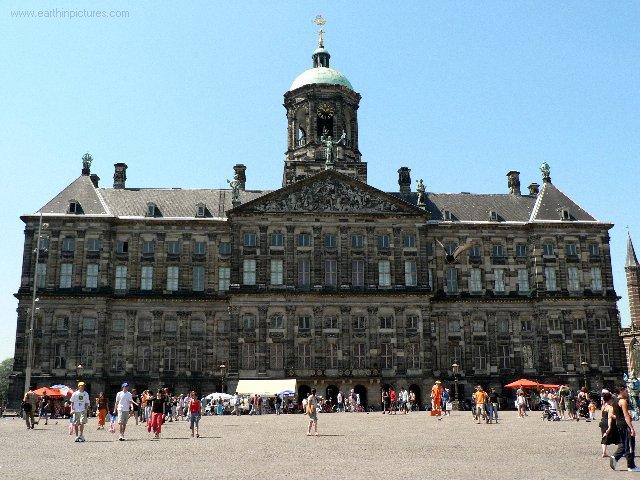 royal_palace.jpg