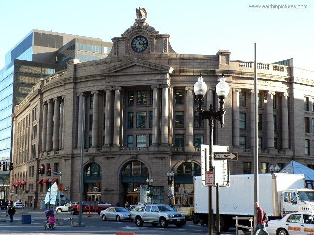 South Station ( 640x480 )