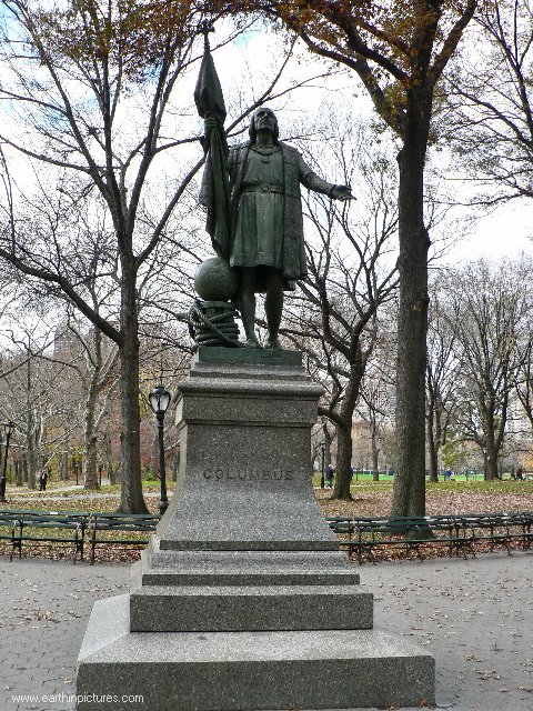 Columbus statue in the Central Park ( 480x640 )
