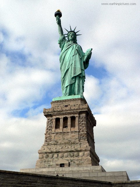 Statue of Liberty ( 480x640 )