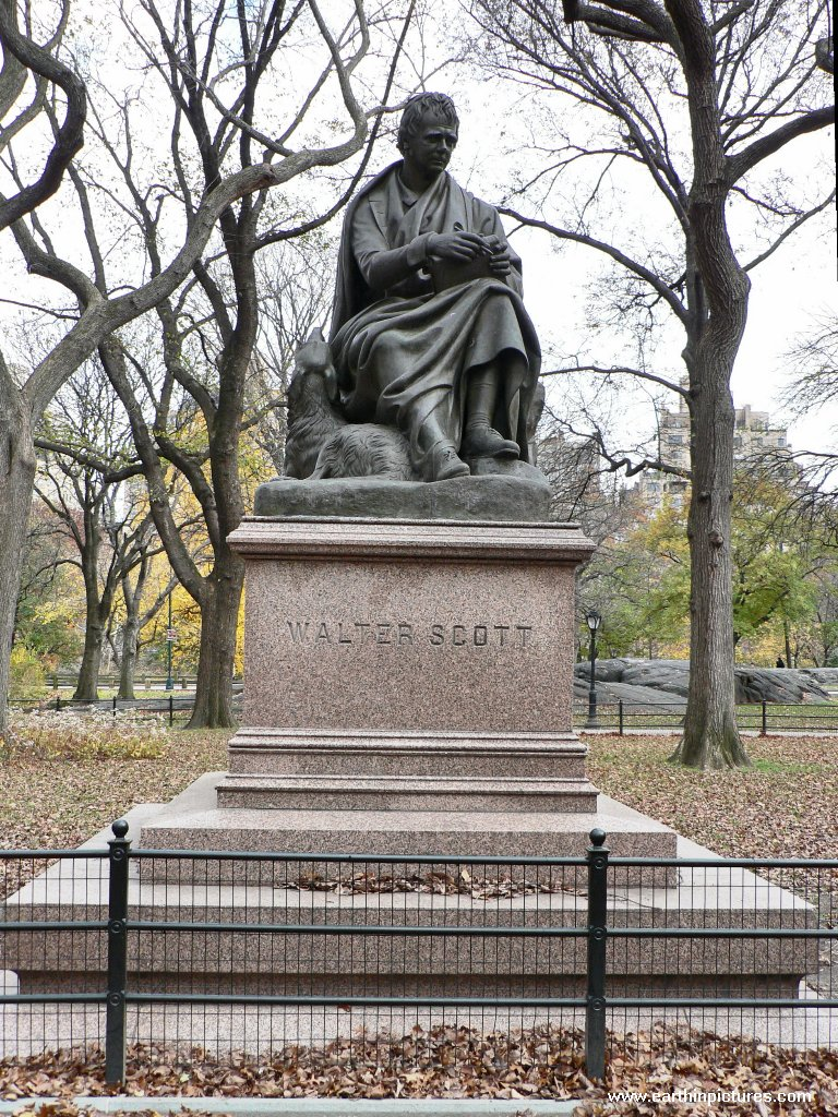 Walter Scott statue in the Central Park ( 768x1024 )