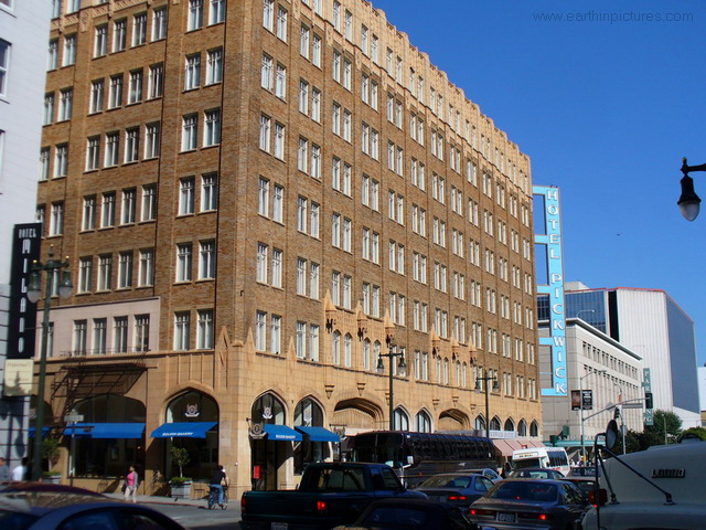 Hotel Pickwick Pictures Photos Facts And Information